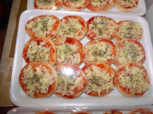 Mini pizza de presunto