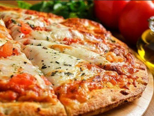O que vai na pizza a moda da casa