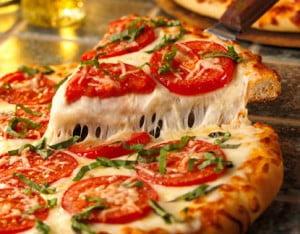 O que vai na pizza napolitana
