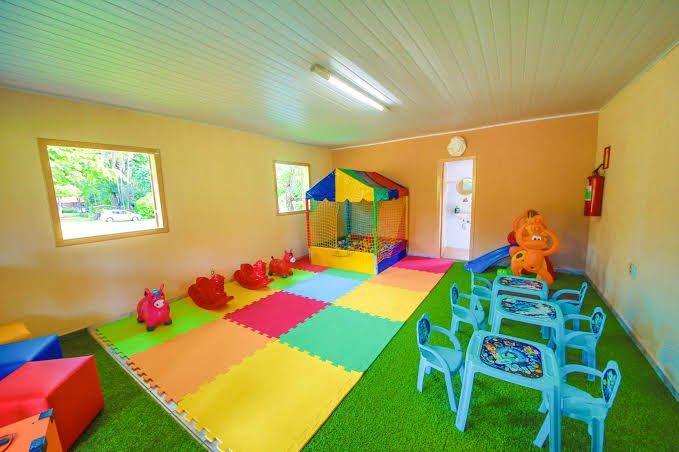 brinquedos para montar um espaço kid's